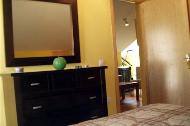 Inmobiliaria Casmar - Apartamentos en Villanúa - Imágenes de interiores 02