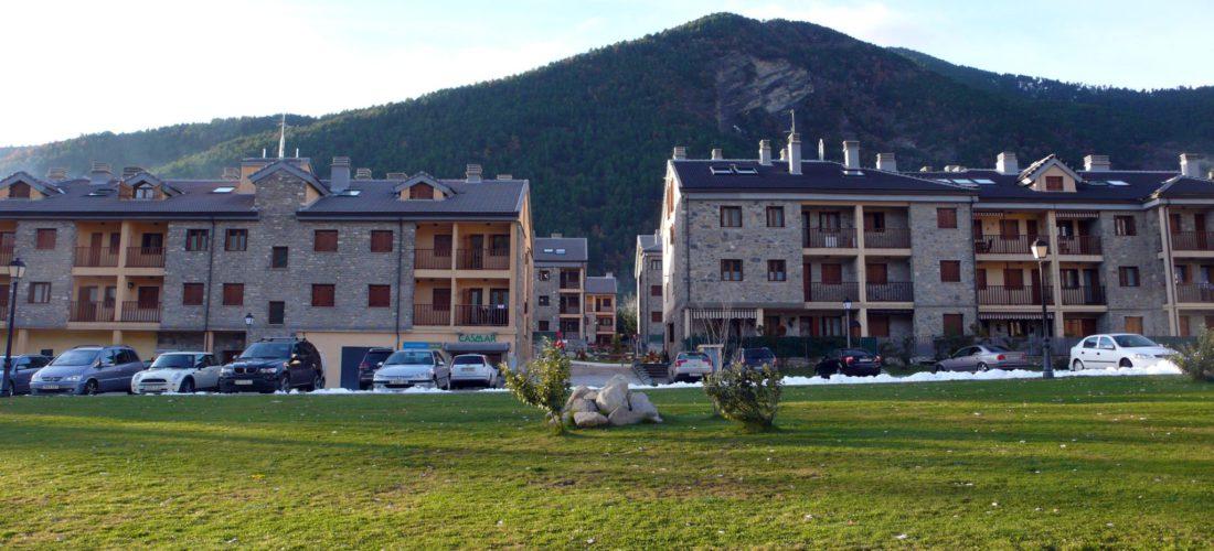 Inmobiliaria Casmar - Pisos y casa en el Pirineo - Apartamentos Villanua - La Espata