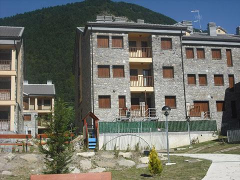 Residencial - Abay -Villanúa Pirineo Huesca - imagen 0