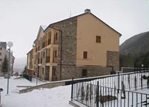 Residencial - La Sayeta -Villanúa Pirineo Huesca - imagen 2