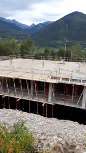 Sayerri - Estructura techo de la planta sótano en Mayo de 2019 02 - Inmobiliaria Casmar - Pisos, apartamentos en Pirineo